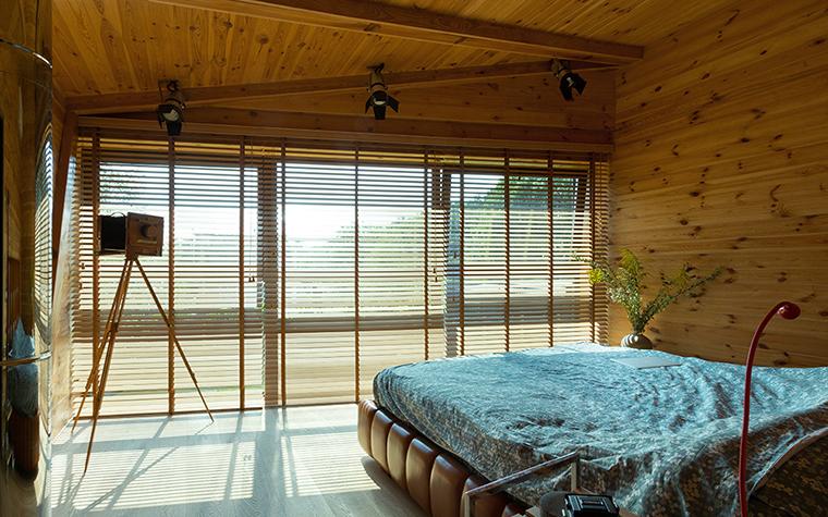 Фото № 37737 спальня  Загородный дом