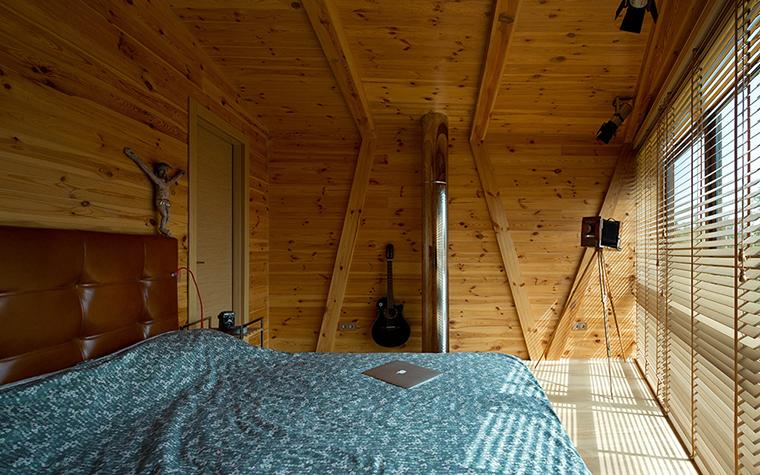 Фото № 37739 спальня  Загородный дом