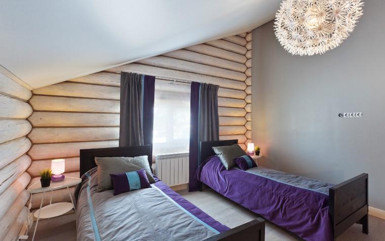 <p>Автор проекта: архитектурное бюро &laquo;БЕРНИдизайн&raquo;.</p> <p>Небольшая гостевая спальня в мансарде &ndash; прекрасный вариант на случай, если гостей оказалось несколько больше, чем рассчитывали. </p>