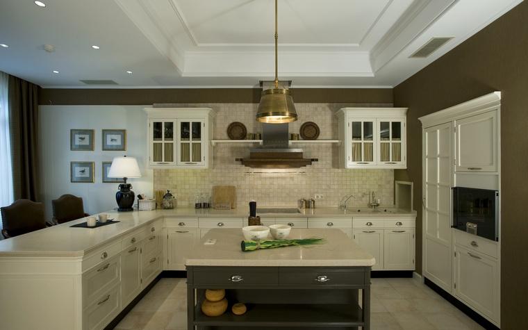 Фото № 40058 кухня  Загородный дом
