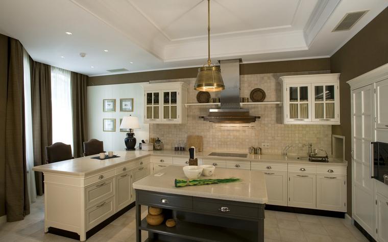 Фото № 40063 кухня  Загородный дом