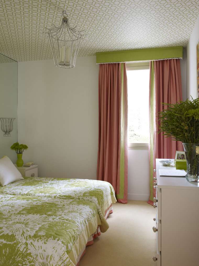 Фото № 42035 спальня  Загородный дом