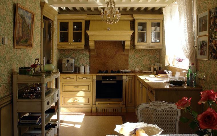Фото № 42425 кухня  Загородный дом