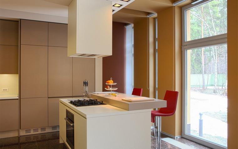 Фото № 44557 кухня  Загородный дом