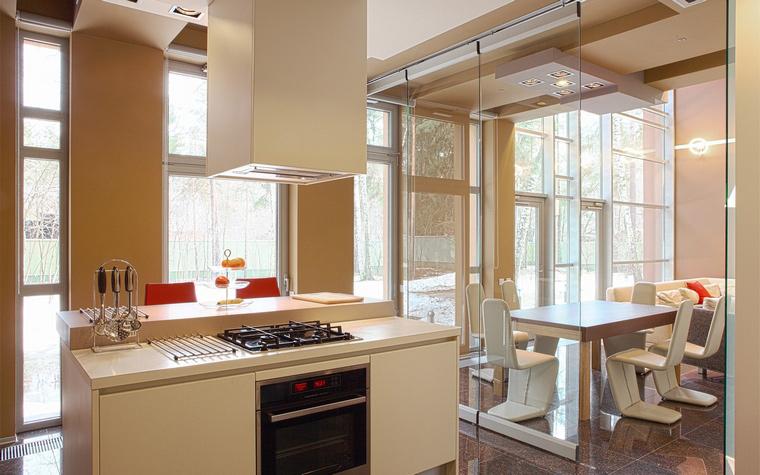 Фото № 44554 кухня  Загородный дом