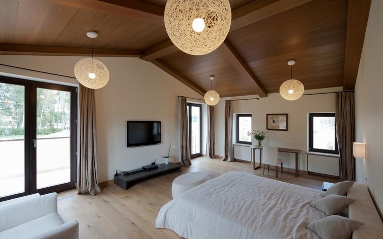 Загородный дом. спальня из проекта , фото №45019