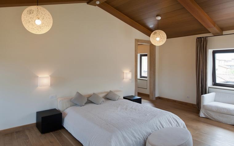 Загородный дом. спальня из проекта , фото №45021