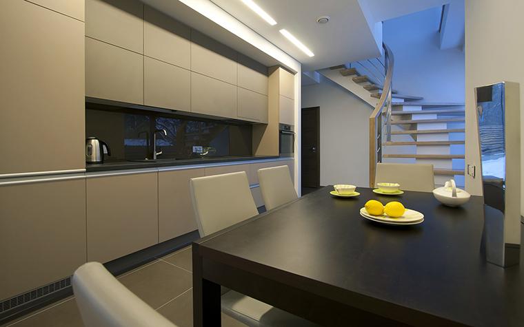Фото № 45894 кухня  Загородный дом