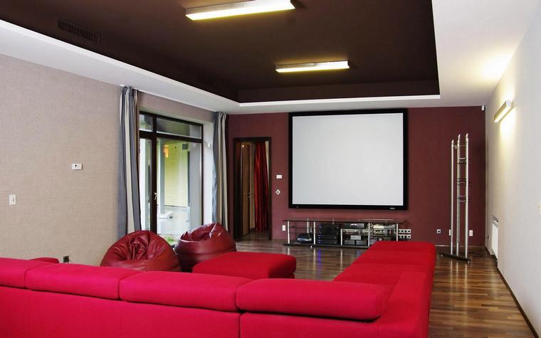 Загородный дом. домашний кинотеатр из проекта , фото №46602