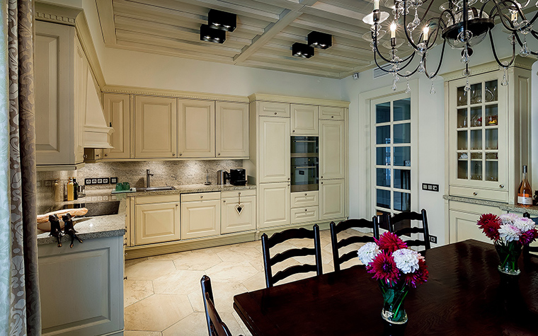 Фото № 47526 кухня  Загородный дом