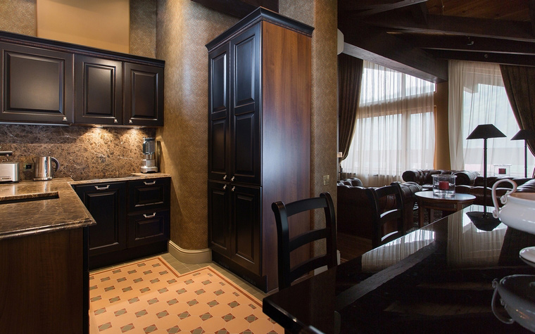 Фото № 50357 кухня  Загородный дом