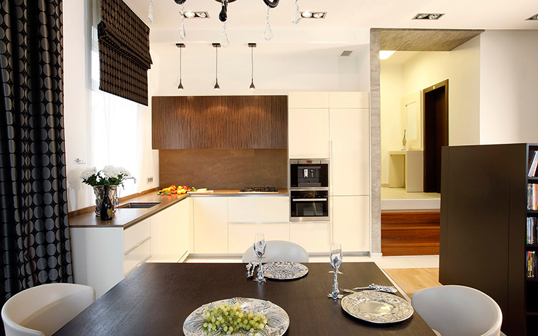 Фото № 52400 кухня  Загородный дом