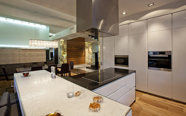 Фото № 53521 кухня  Загородный дом