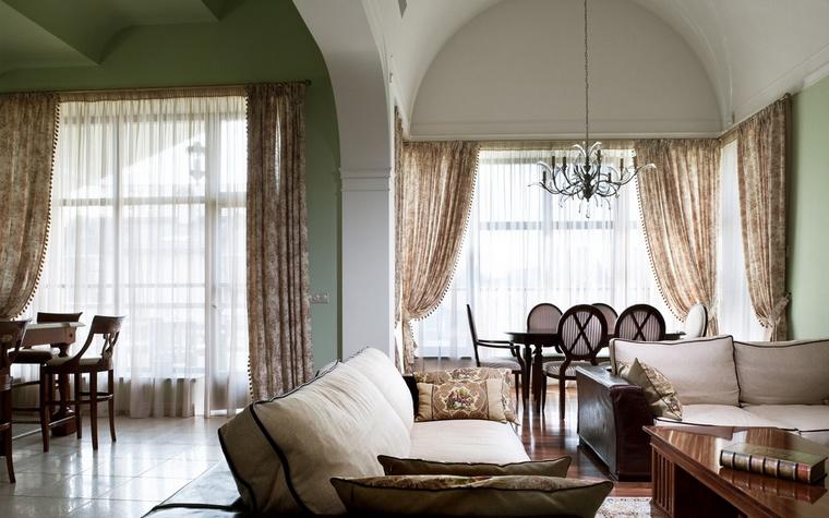 интерьер гостиной - фото № 54392
