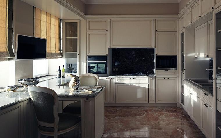 Фото № 56175 кухня  Загородный дом