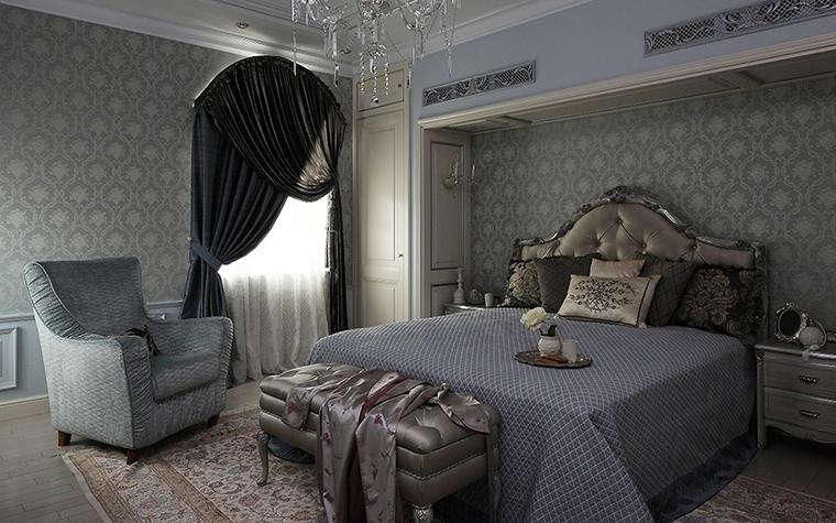 <p>Автор проекта:   Mill-Studio</p> <p>Просторная спальня, выдержанная в стиле современно классики, потребовала полный набор спально-туалетной мебели: кровать, <a href=http://www.360.ru/Catalog/mebel/myagkaya-mebel/kresla/raskladivausiesa-kresla/>кресло</a> , банкетку и прикроватные тумбочки. Здесь правят дорогие обивки и отделки с эффектом серебряного и платинового блеска.</p>