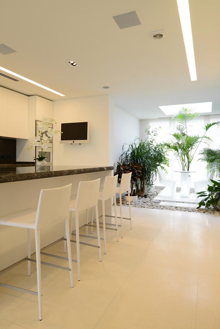 Фото № 57513 кухня  Загородный дом