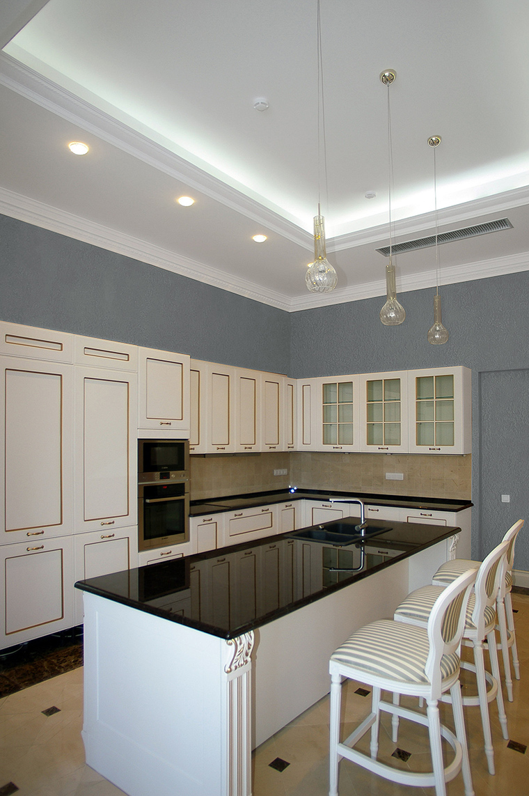 Фото № 58075 кухня  Загородный дом