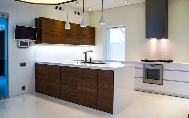 Фото № 64160 кухня  Загородный дом