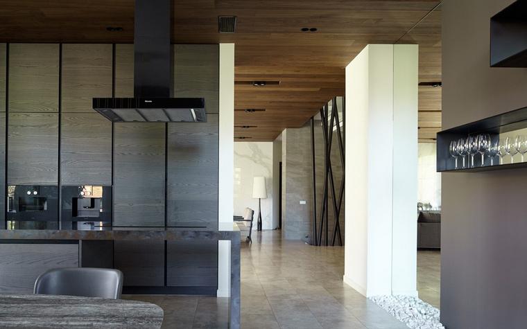 Фото № 64538 кухня  Загородный дом