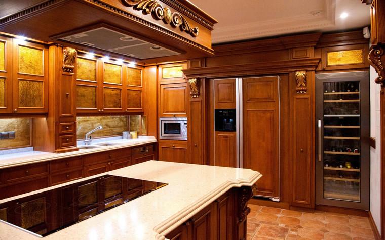 Фото № 70053 кухня  Загородный дом