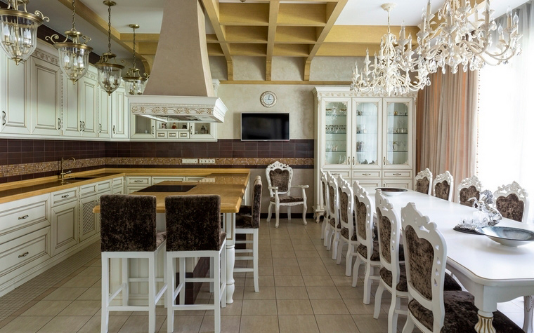 Фото № 70165 кухня  Загородный дом
