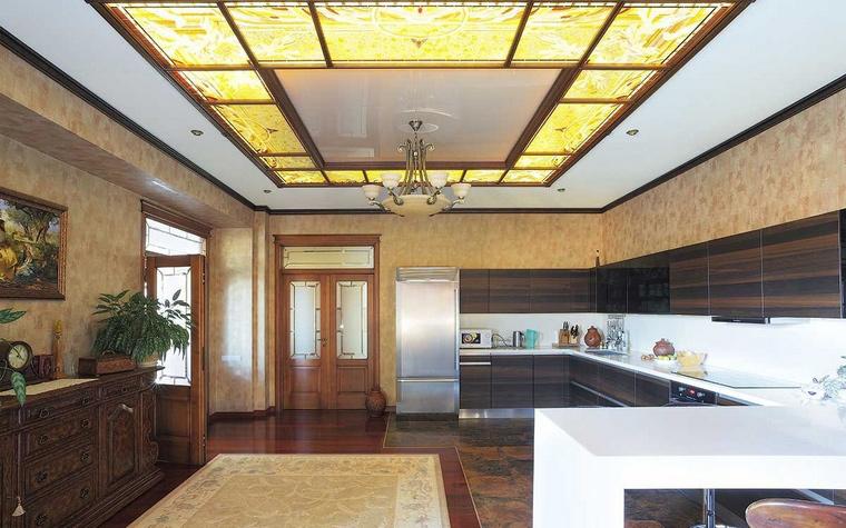 Фото № 70214 кухня  Загородный дом