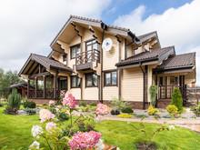 Загородный дом «Загородный дом в традиционном стиле», фасад . Фото № 26289, автор Архипова Анастасия