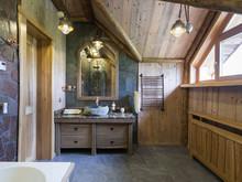Загородный дом «Дом в рустикальном стиле», ванная . Фото № 30419, автор Серов Егор