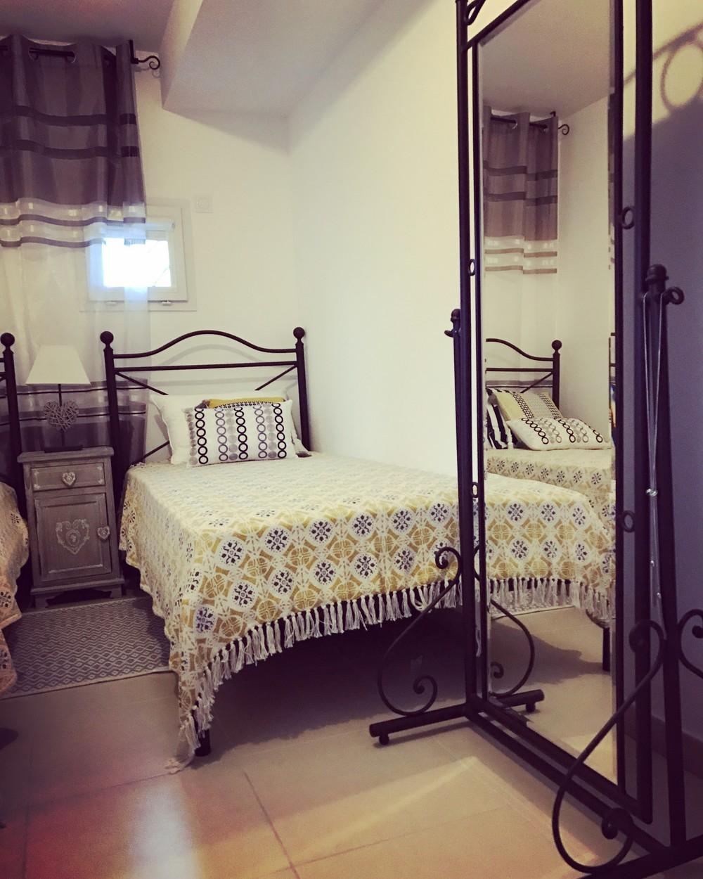 Загородный дом «Таунхаус у моря», спальня, фото из проекта