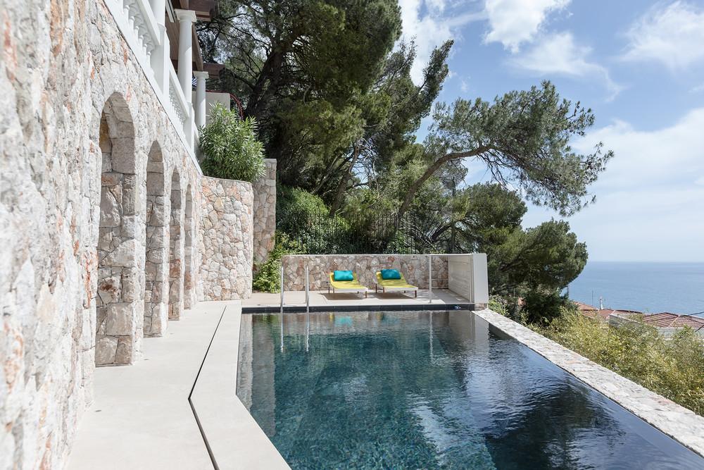 Загородный дом «Дизайн интерьера виллы в Монако», бассейн , фото из проекта