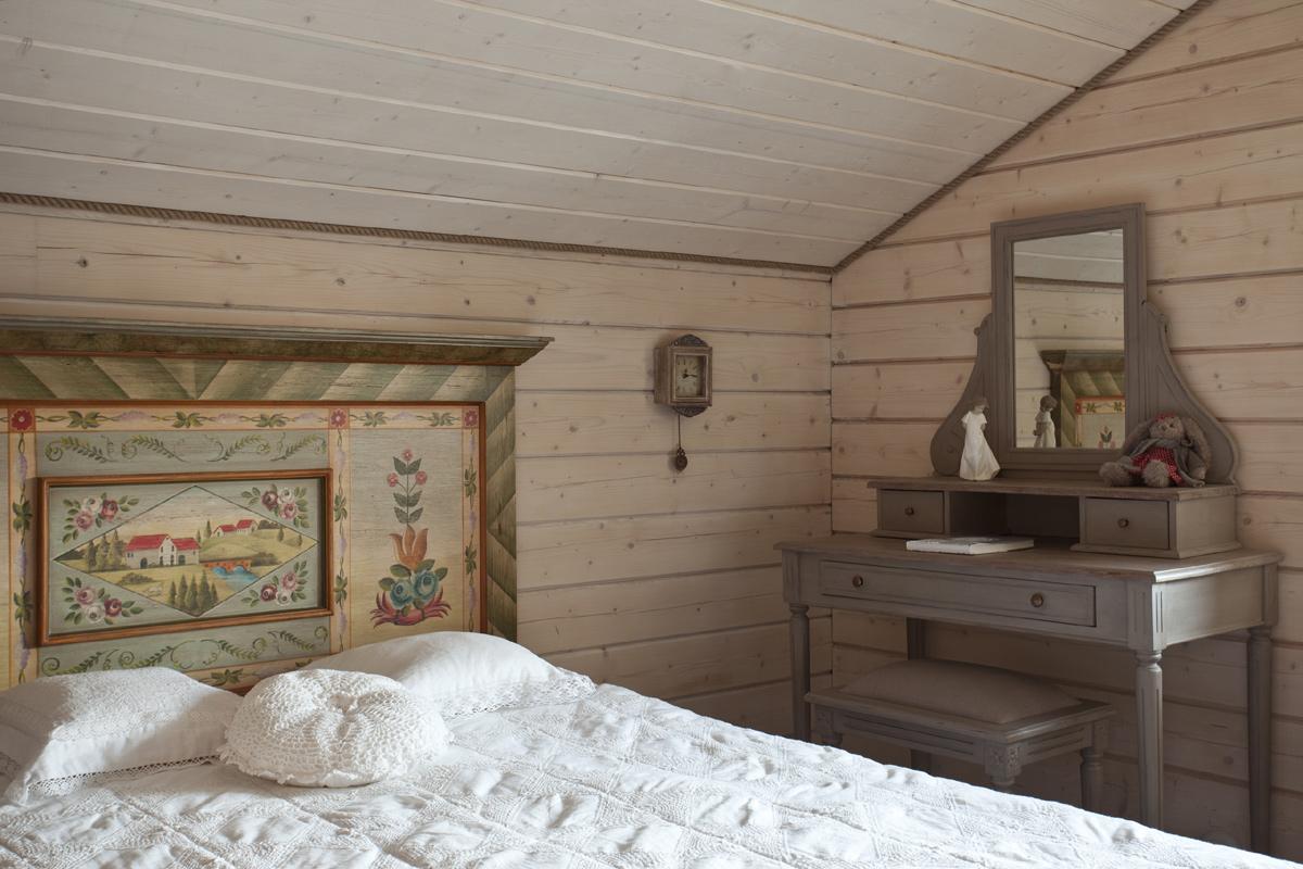 Интерьер дома из бруса в стиле прованс фото
