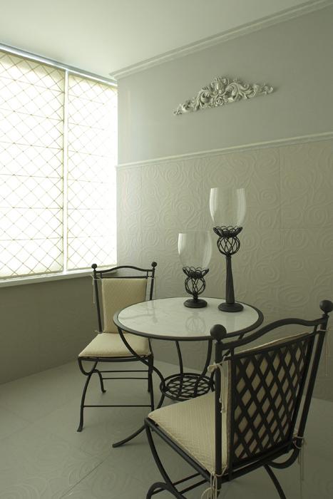 <p>Автор проекта: Стащук Татьяна</p> <p>Садово-парковый стиль будет также уместен на балконе.</p>