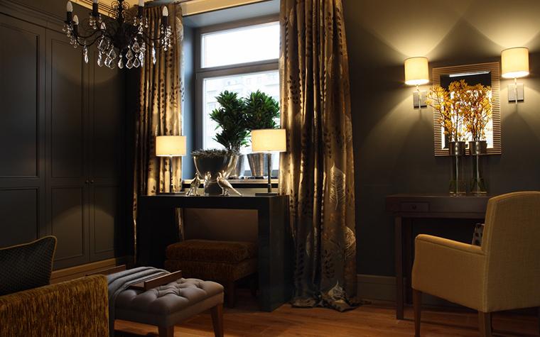 <p>Автор проекта: Татьяна Аленина</p> <p>Гардеробная комната может быть и совсем маленькой, вроде гардероба...</p>