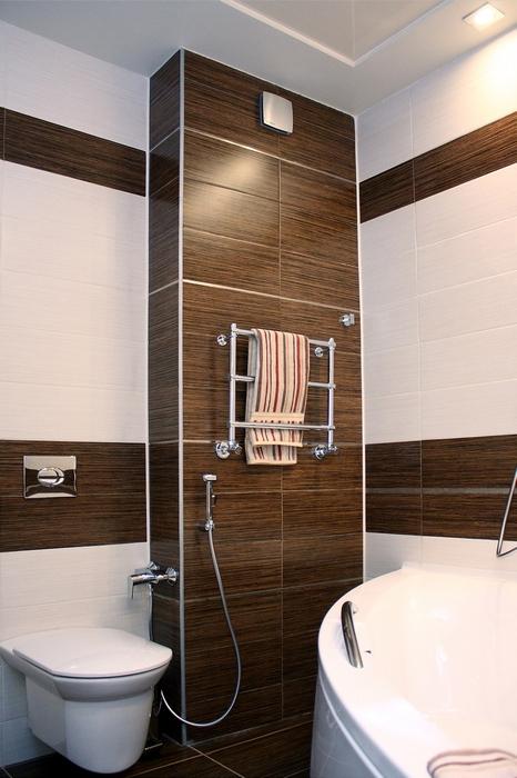<p>Автор проекта: Ольга Новицкая Ольга</p> <p>Пример того, как хороша угловая ванна на небольшой площади...</p>