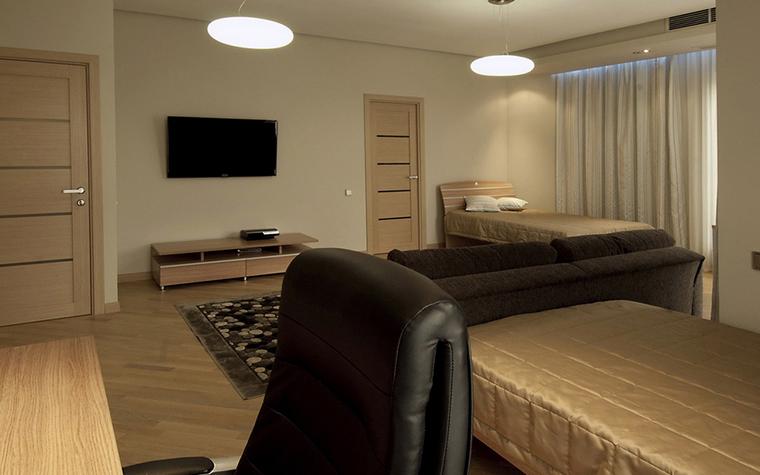 <p>Автор проекта: Сергей Смагин.</p> <p>А это детская комната, в которой диван также будет уместен. Правда здесь есть и диваны, и кровати...</p>