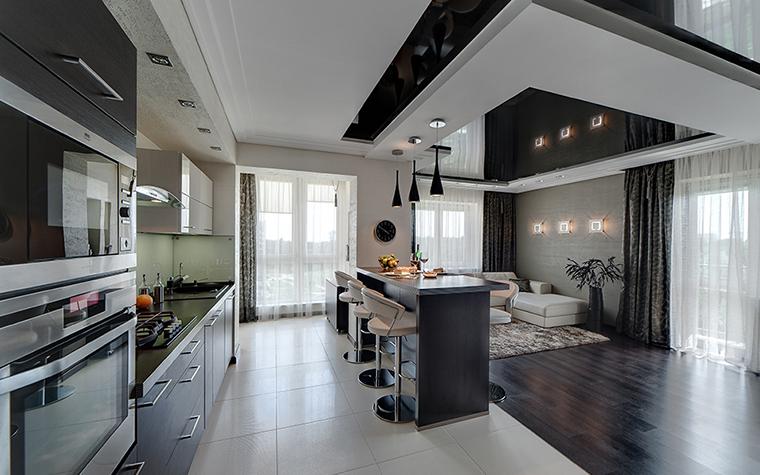 <p>Автор проекта: Алена Чашкина</p> <p>Тот самый вариант балкона в кухне загородного дома, когда границы интерьера и экстерьера, дома и ландшафта стираются.</p>