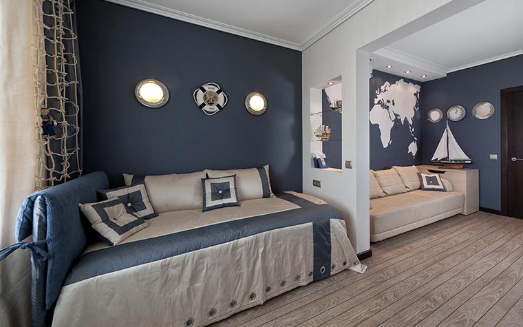 <p>Автор проекта: Алёна Чашкина.</p> <p>Дизайн интерьера детской комнаты в морском стиле &ndash; один из наиболее удачных и востребованных вариантов для мальчиков-подростков.</p>