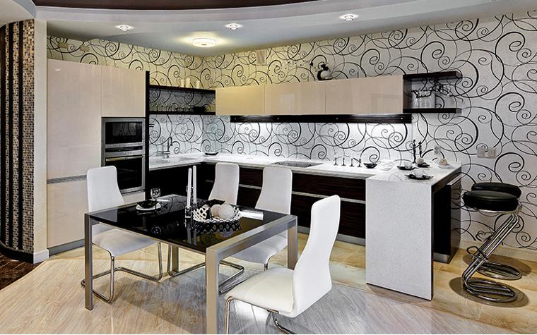 <p>Автор проекта: Екатерина Папырина.</p> <p>Здесь кухонная зона отходит на второй план. Главной здесь является столовая зона.</p>