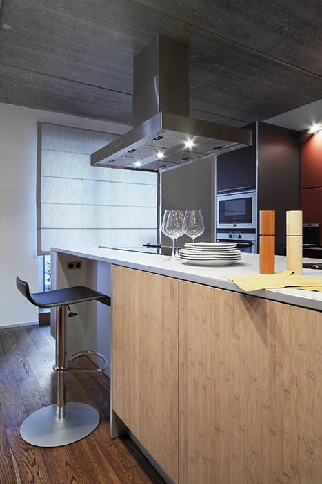 Дизайн интерьера кухни с островом