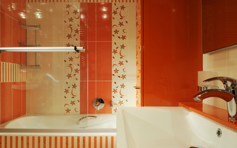 <p>Автор проекта: Елена Зорина.&nbsp;</p> <p>В этом оранжево-красном буйстве есть что-то марокканское.</p>