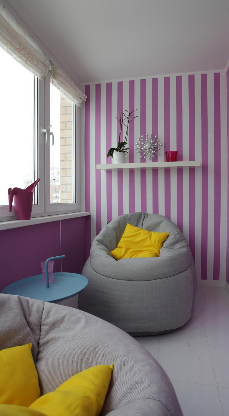 <p>Автор проекта:   MORE DECORE Interior Design &amp; Decoration</p> <p>Любой интерьерный стиль - на ваш выбор! Здесь предлагается интерьер маленького балкона в стиле поп-арт с оттенком оп-арта.</p>
