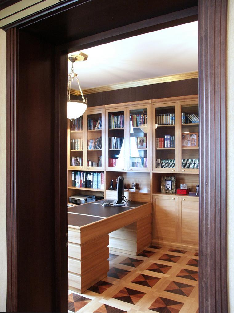 Фото № 41703 кабинет библиотека  Квартира