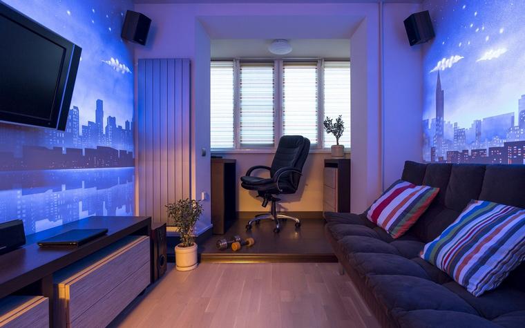 <p>Автор проекта:   SunWave Studio</p> <p>Детская комната оборудована стеновыми светопанелями. Днем они выглядят как обычные белые стены, но стоит нажать на <a href=http://www.360.ru/Catalog/svet/vykljuchateli-sveta/beskontaktnie-viklucateli/>выключатель</a>, как по волшебству на стенах появляются световые картины. Особенно эффектно светоинсталляция смотрится в темное время суток и просто преображает пространство.</p>