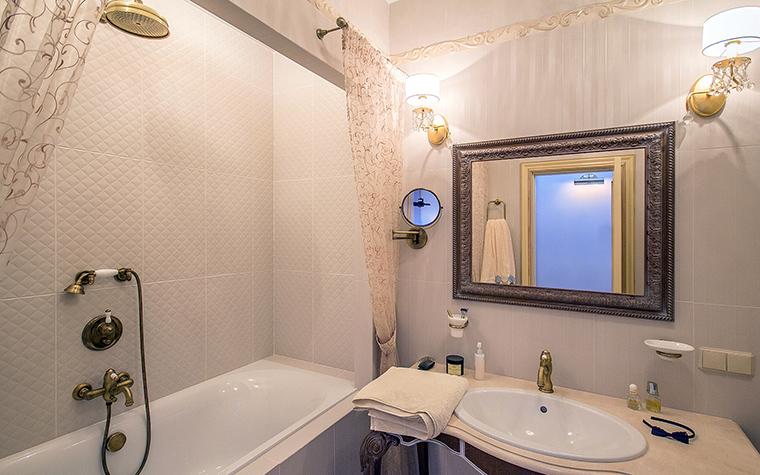 <p>Автор проекта:   VECOR</p> <p>Небольшая ванная комната в классическом стиле.</p>
