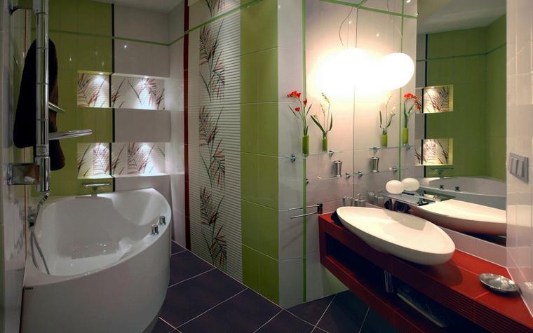 <p>Автор проекта:   ARTof3L</p> <p>Угловая ванна экономит квадратные метры.</p>