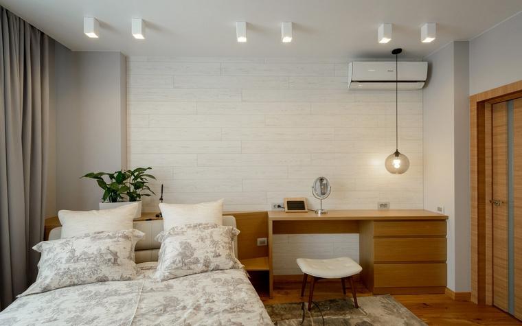 интерьер спальни - фото № 67024