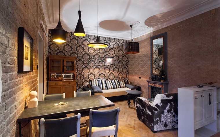 <p>Автор проекта: Ольга Ульянова</p> <p>Маленькая гостиная сделана в современной манере, в стиле лофт. Лофт нынче на пике популярности, как аутентичный, так и его имитация.&nbsp; </p>