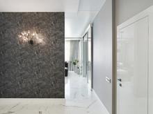 Квартира «50 оттенков серого. Квартира 150 м кв.», прихожая . Фото № 28078, автор Дорофеева Евгения