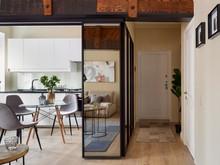 Квартира «Реализация двухкомнатной квартиры в М. Гнездниовском переулке», прихожая . Фото № 31359, автор Бриммер Татьяна